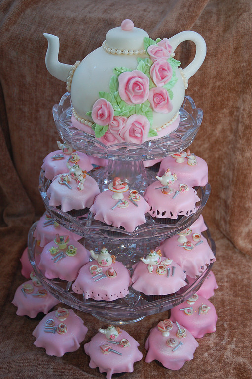 Desserts The Most Incredible Tea Sets Youve Ever Seen Catch My Party