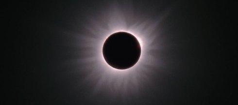 L'éclipse de la Sainte Église