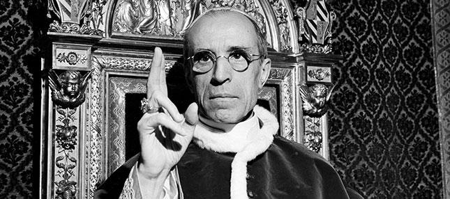 En mémoire du dernier vrai Pape : Pie XII