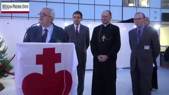 Mario Borghezio, Alain Escada, et Mgr B. Fellay à Bruxelles