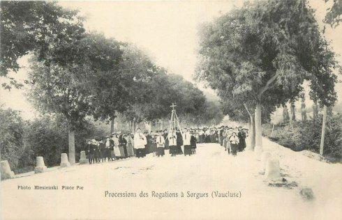Procession des Rogations à Sorgues