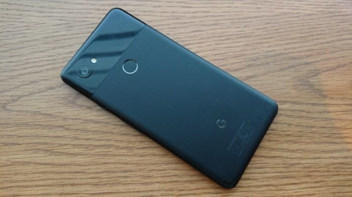 Google Pixel 2 si Pixel 2 XL