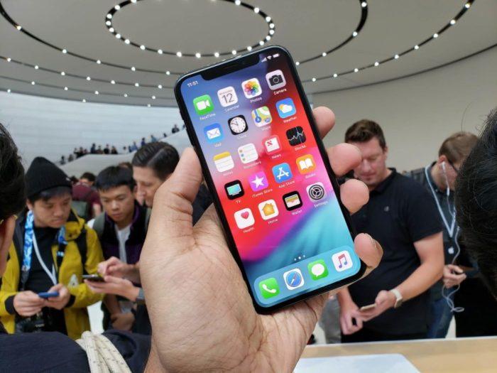iPhone Xs Max (2)