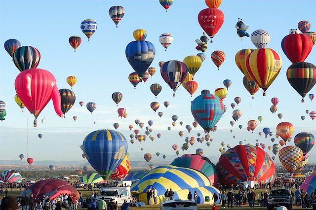 Philippine International Hot Air Balloon Fiestaフィリピンのお祭り10選まとめ【一度は行きたいフェスティバル】