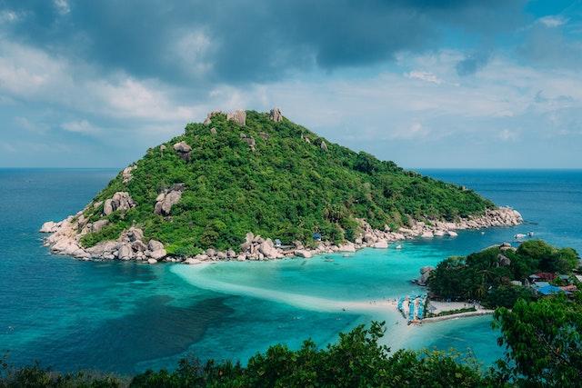 【無人島の値段】フィリピンの購入可能な島7選まとめ