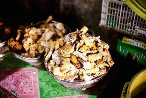パグパグ【残飯を調理した料理/フィリピンのスラムの食べ物】