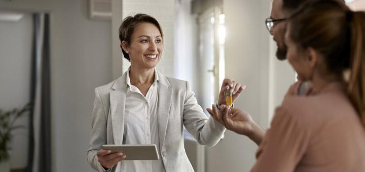 agente inmobiliario personas