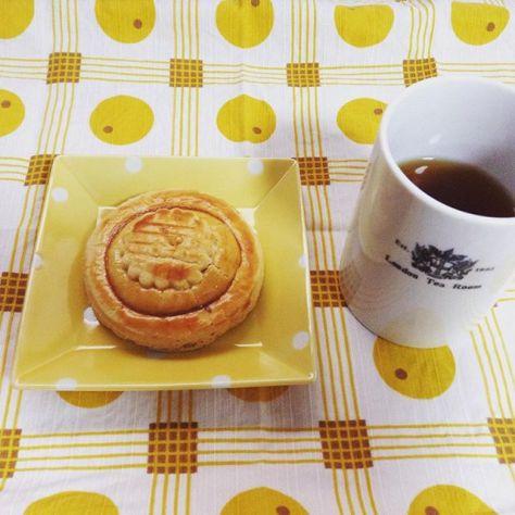 ちゃいろのセカイ(^_−)−☆ #teatime #しまんとレッド #生姜紅茶 #クッキー (Instagram)