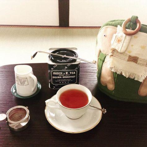 本日2/4(土)、種ノ箱は19:00まで、ムジカティーの紅茶を飲む会をやってます。お気軽にどうぞ。#種ノ箱 #大阪 #玉造 #露地再生複合施設  #宰 #つかさ #ムジカティー #紅茶 (Instagram)