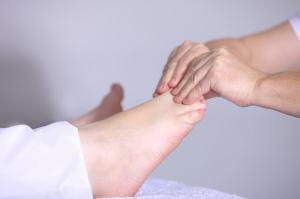 Prendre soin de ses pieds : massage