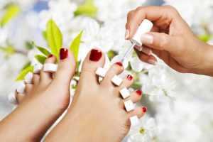 Prendre soin de ses pieds : ongles
