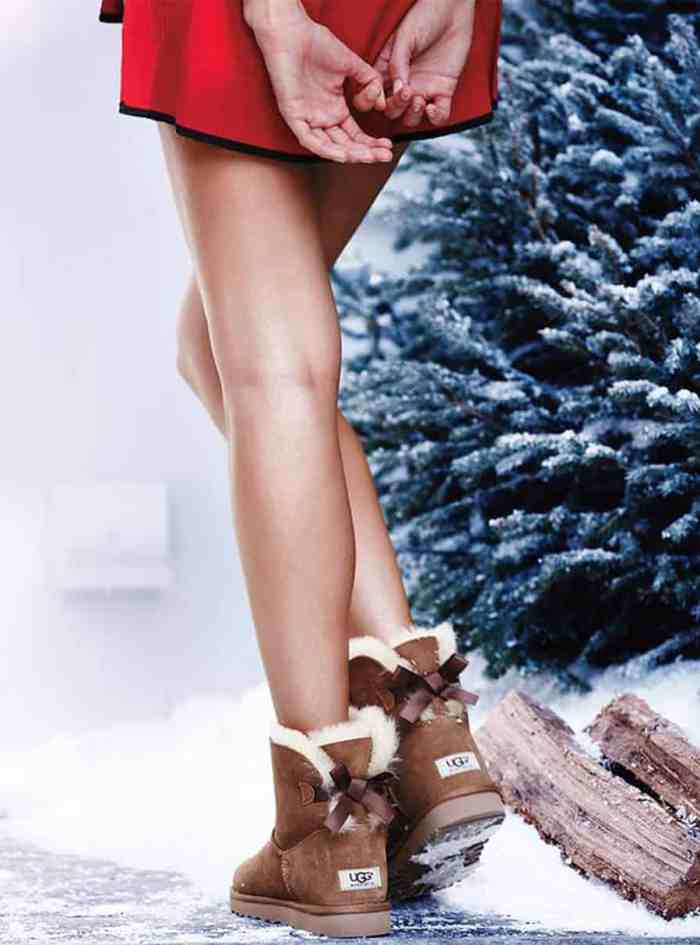 chaussuresonline-uggaustralia-marque-minibaileybow-noeud-satin-nubuck-idée-look-hiver-neige-noel