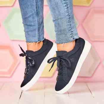 rieker-marque-chaussures-femme-tendance-mode-voyage-antistress-confort-n9110-marine-semellesblanches-vacances