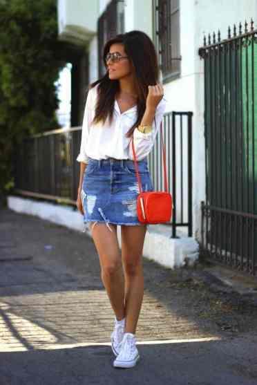 tenue jupe en jean avec converse pour la tendance jupe-baskets - chaussuresonline