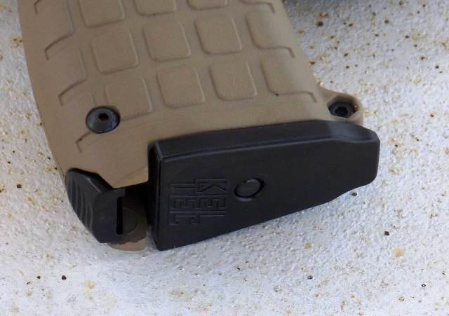 Heel-based magazine catch on the PMR-30 pistol