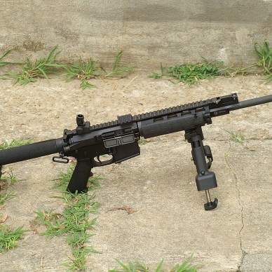 AR-15 with SOCOM Boom Tube stock