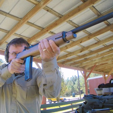 Shooting the M1 rifle offhand