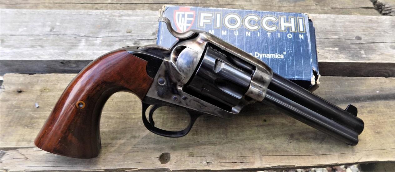 Uberti Bisley right profile with Fiocchi ammunition