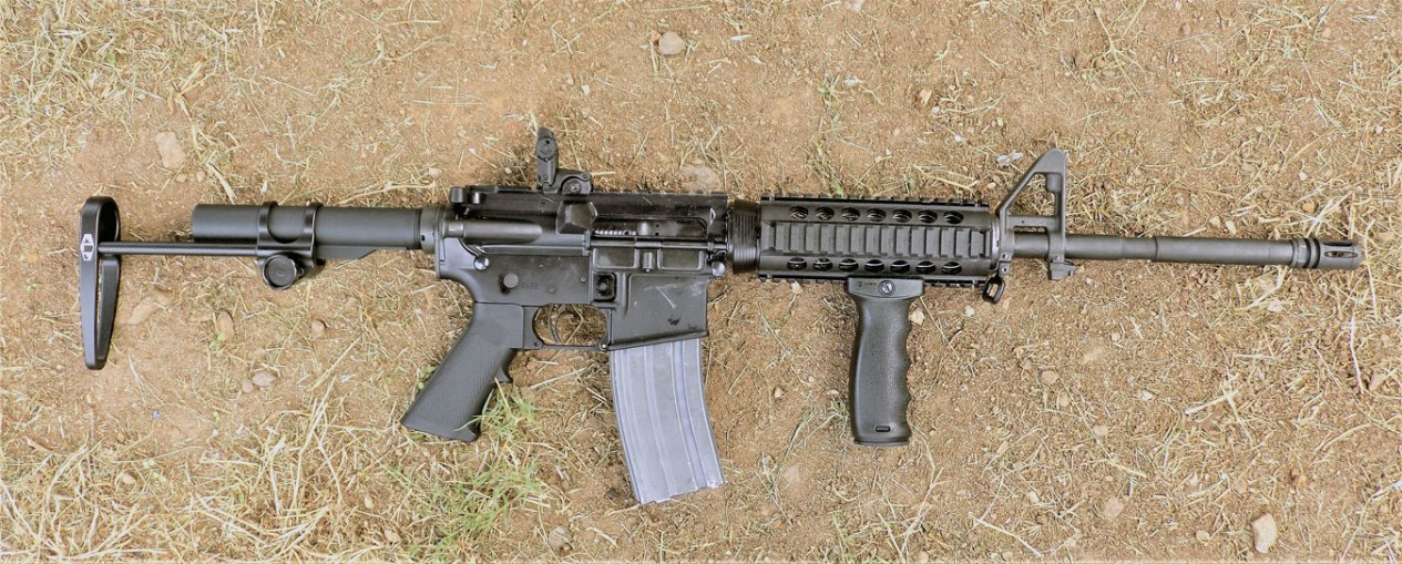 right profile AR-15 rifle with Elftman stock