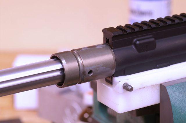 BArrel nut and handguard attachment for an AR-15