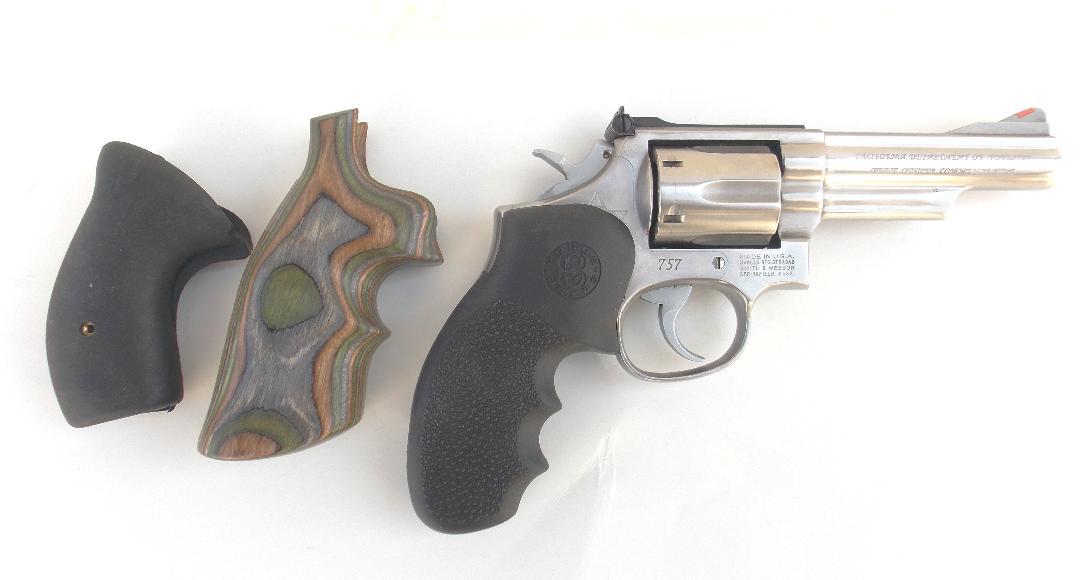 K-frame revolver grip