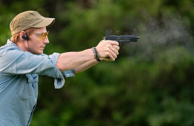 Proper two-handed pistol grip
