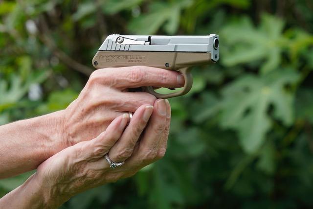 Teacup Pistol Grip Technique