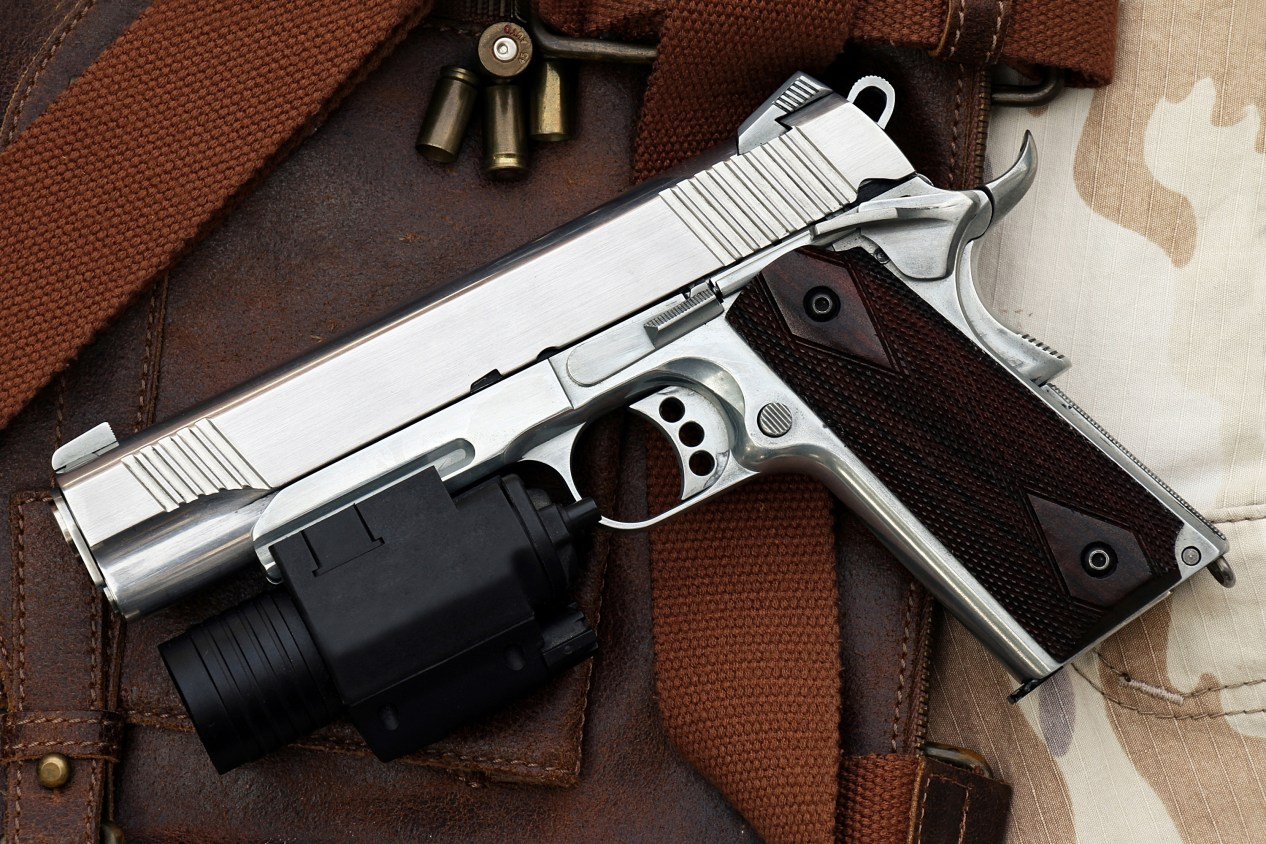 1911 handgun with light, how to clean a 1911