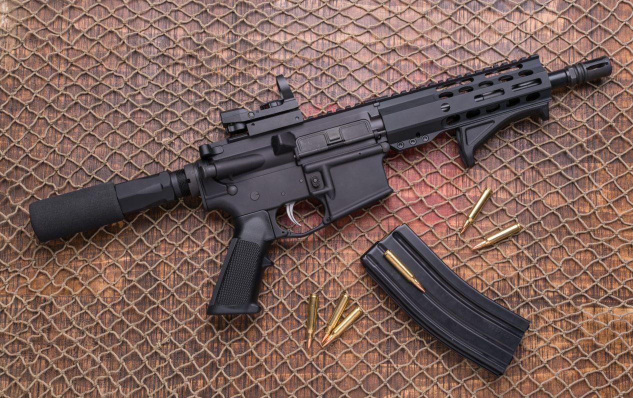 Distressed AR 15 pistol Ammunition, Magazine .223 556