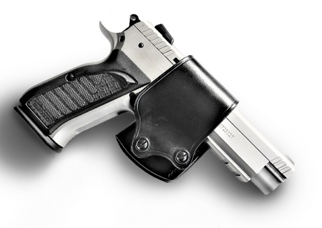 Galco Yaqui Slide holster with pistol