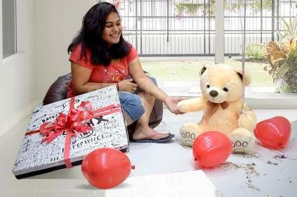 teddy surprise box