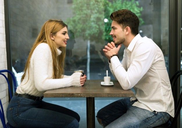 11 Things You Should Do To Impress The One You Like-interaction
