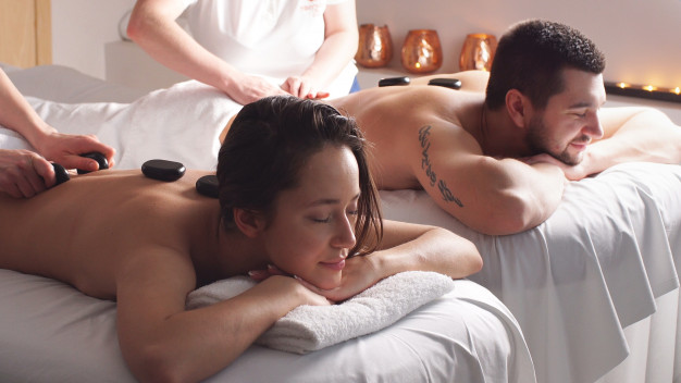 8 Fun Ideas to Spend Weekend Holidays With Your Partner- Have a spa time