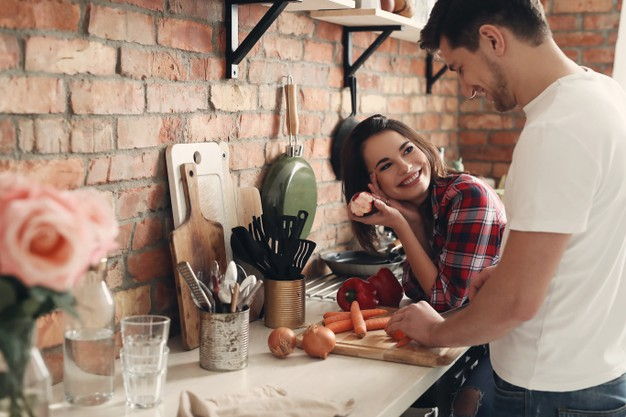 11 wonderful ways to celebrate valentine's day-cooking a meal together