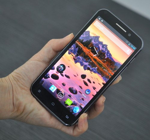 Quad Core Android Phone2