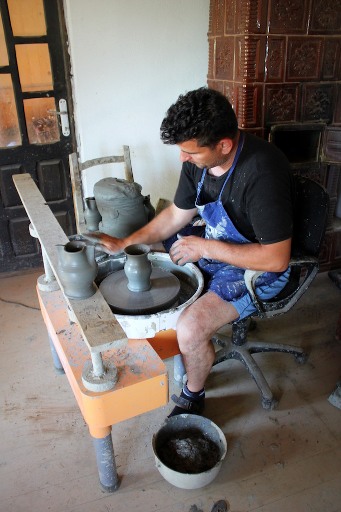 Céramique de Horezu, F. Frigura