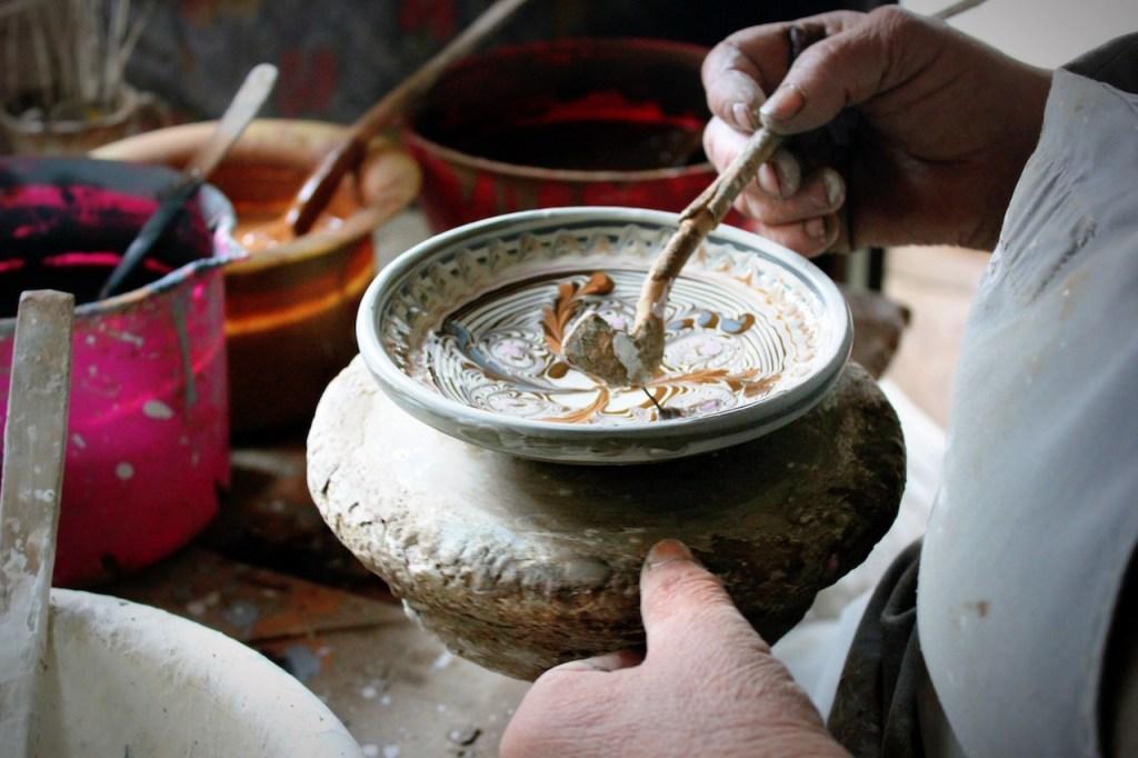Décoration de la céramique de Horezu