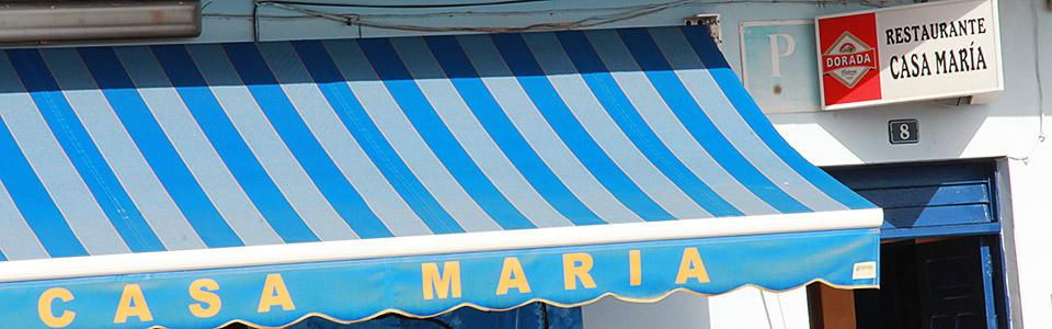 Markise vor Casa Maria