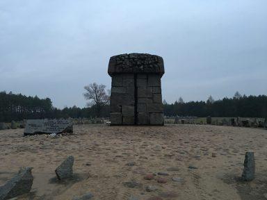 Symbolic tombstone