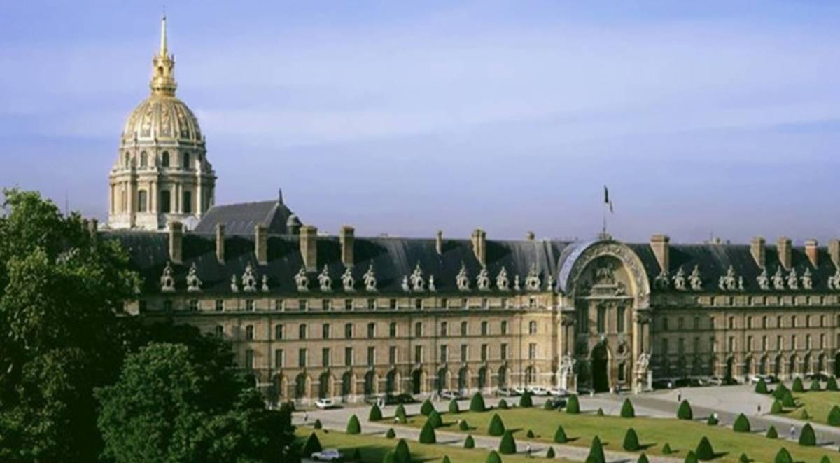 The Paris Musée de l'Armée - Hôtel des Invalides