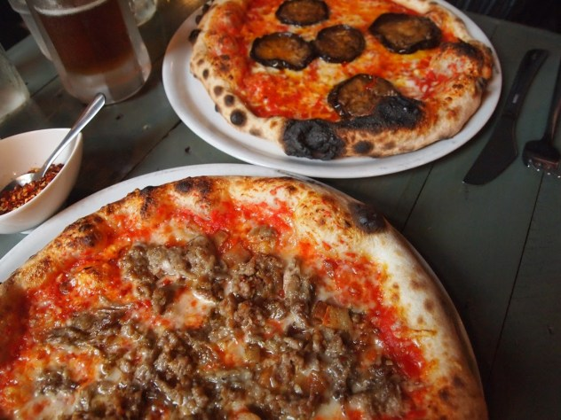 sausage pizza at heosh's in Baltimore Maryland