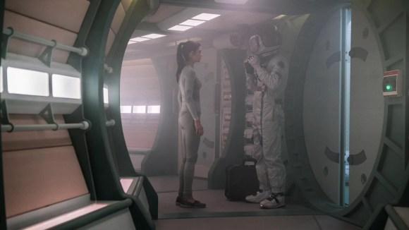 Кадр из фильма Орбита 9