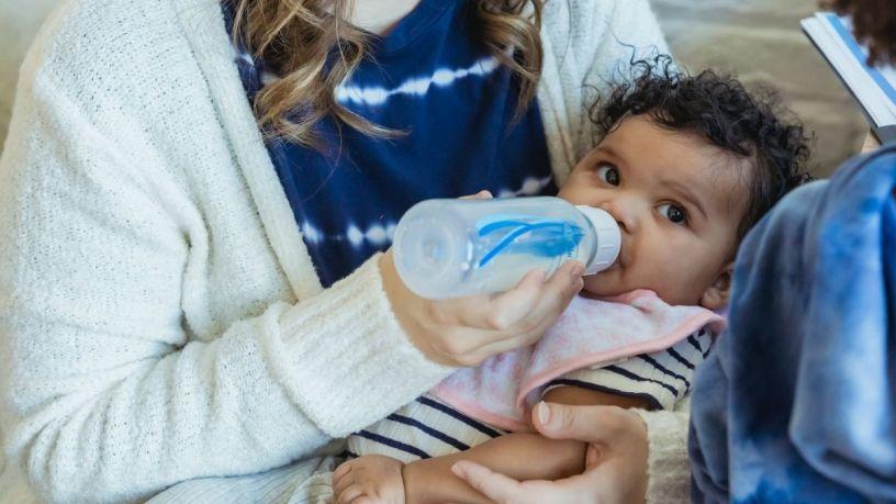 Alivia el reflujo en tu bebé