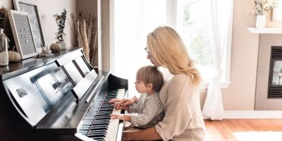 Beneficios de música en bebés y niños