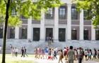 """Hỏi sinh viên Harvard: """"Điều gì làm bạn ngạc nhiên nhất về ngôi trường của mình?"""""""