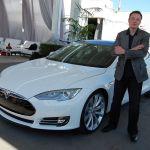 """Elon Musk: """"Peste 20 de ani, daca nu vei avea o masina autonoma, va fi ca si cum ai avea un cal"""""""