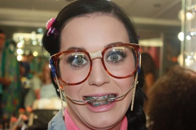 Katy Perry nel videoclip di Last Friday Night