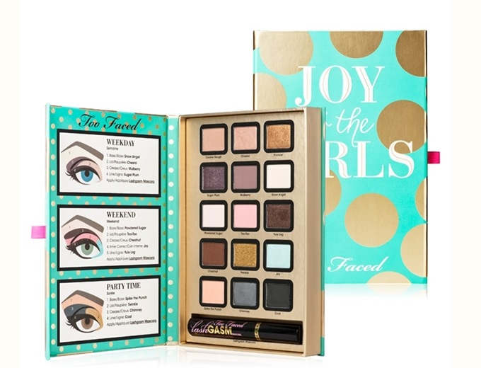 """Joy To The Girls"" è la collezione festiva di Too Faced  è composta da un  gift set e due palette 68cf814ad0b"