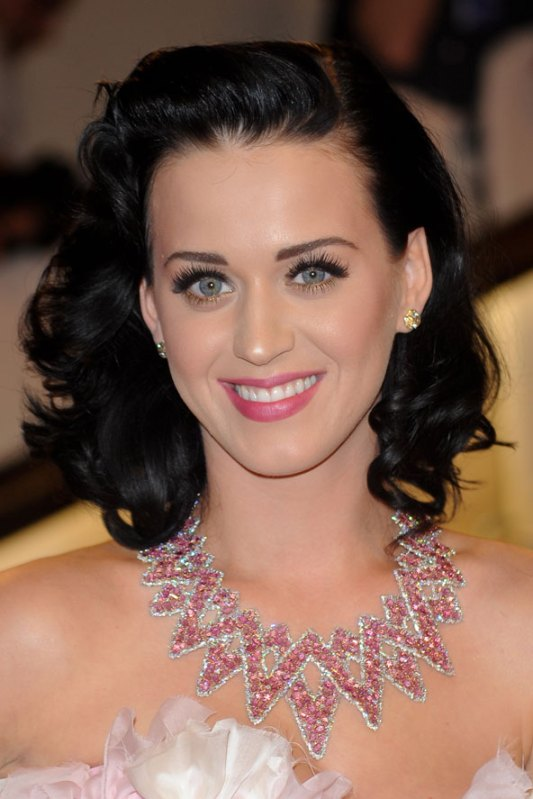 Katy-Perry-Retro-Screen-Siren-Hair