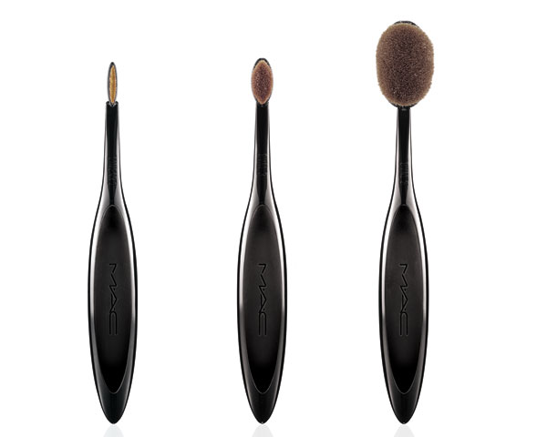 elle-mac-masterclass-brush-collection-mdn